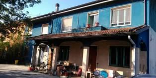 Casa in VENDITA a Mezzani di 200 mq