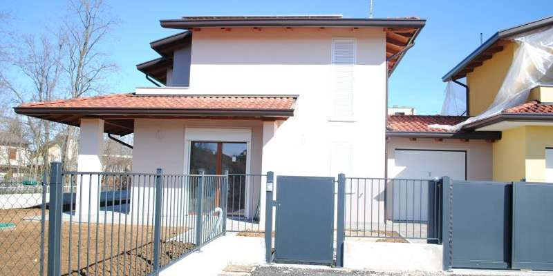 Casa in VENDITA a Montechiarugolo di 137 mq