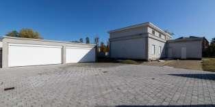 Casa in VENDITA a Parma di  mq