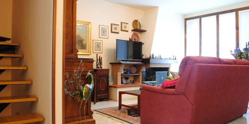 Casa in VENDITA a Traversetolo di 230 mq