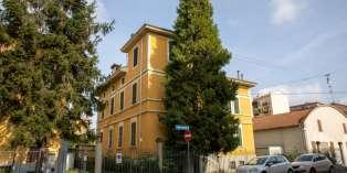 Casa in VENDITA a Parma di 480 mq