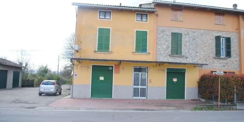 Casa in VENDITA a Parma di 160+60 mq