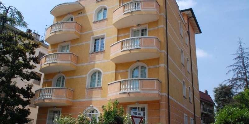 Casa in VENDITA a Parma di 194 mq