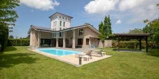 Casa in VENDITA a Parma di 500 mq