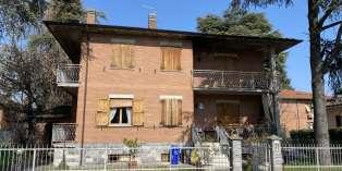 Casa in VENDITA a Montechiarugolo di 325 mq