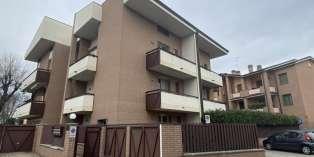 Casa in VENDITA a Parma di 108 mq