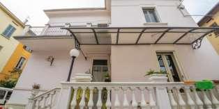 Casa in VENDITA a Parma di 240 mq