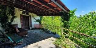 Casa in VENDITA a Solignano di 300 mq