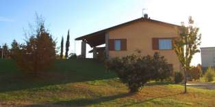Casa in VENDITA a Montechiarugolo di 200 mq