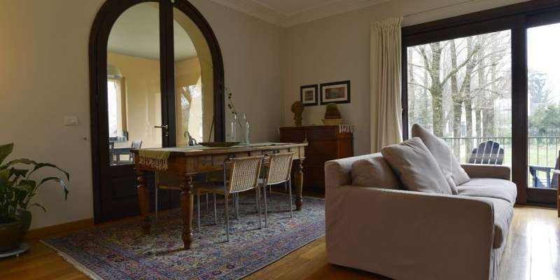 Casa in VENDITA a Parma di 381 mq