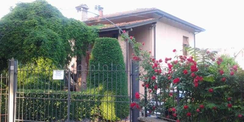 Casa in VENDITA a Traversetolo di 274 mq