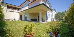 Casa in VENDITA a Parma di 165 mq