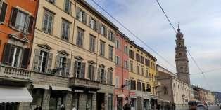Casa in VENDITA a Parma di 254 mq