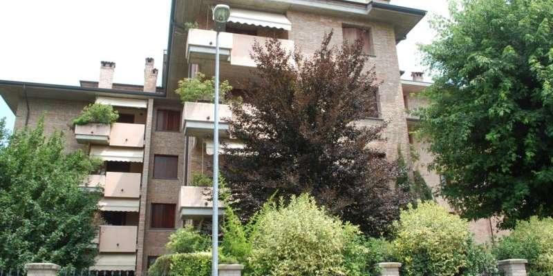 Casa in VENDITA a Parma di 142 mq