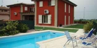 Casa in VENDITA a Montechiarugolo di 400 mq