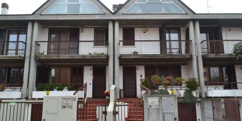 Casa in VENDITA a Parma di 230 mq
