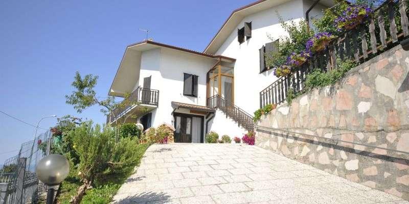 Casa in VENDITA a Conco di 325 mq