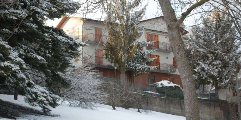 Casa in VENDITA a Tizzano Val Parma di 80 mq