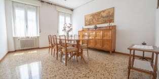 Casa in VENDITA a Parma di 117 mq