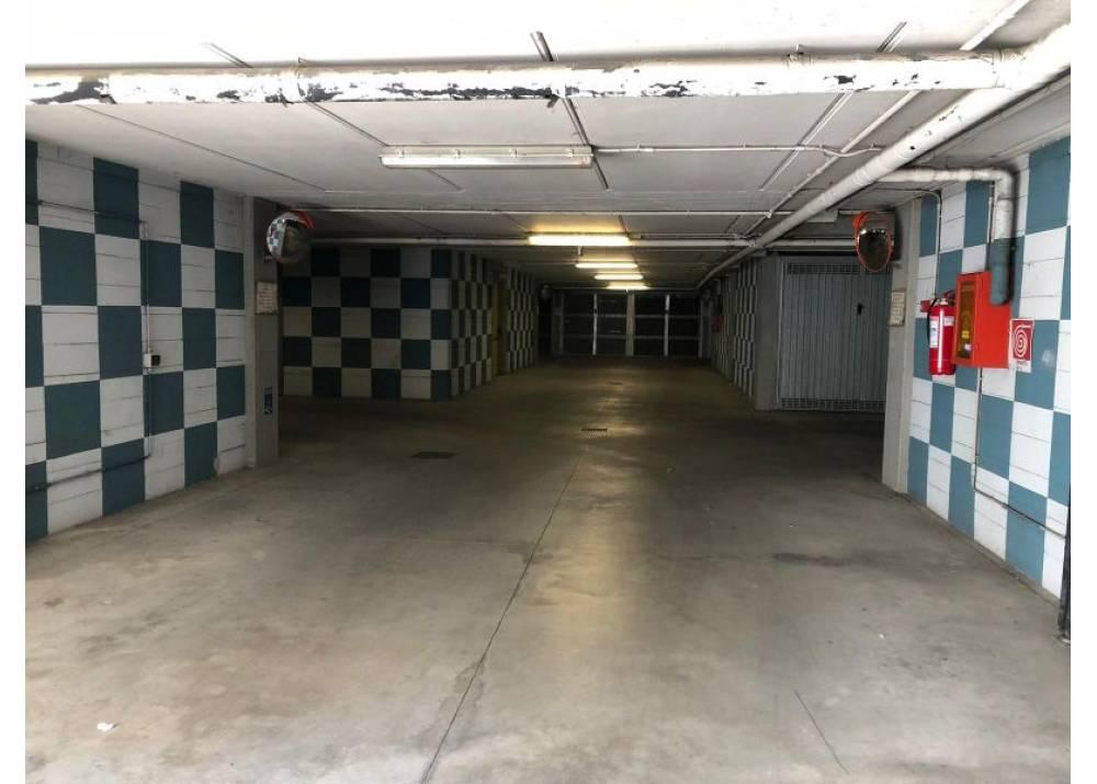 Vendita Garage a Parma monolocale Ospedale di 19 mq