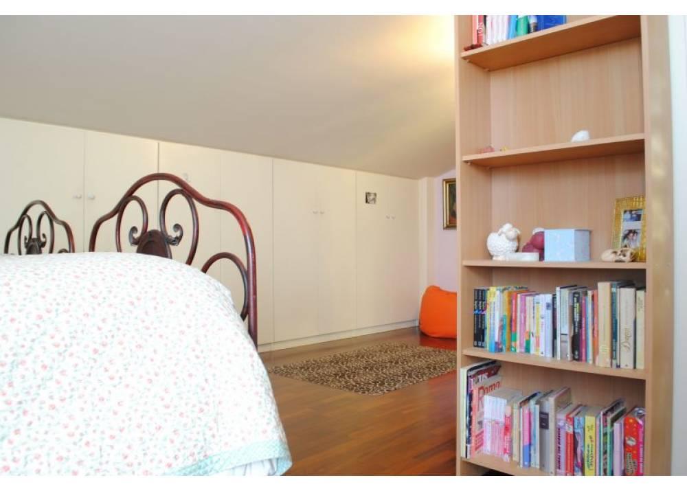 Vendita Appartamento a Lesignano De` bagni trilocale  di 71 mq