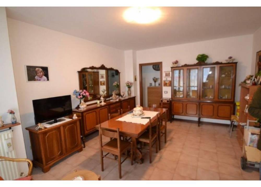 Vendita Appartamento a Parma trilocale Centro Torri di 93 mq