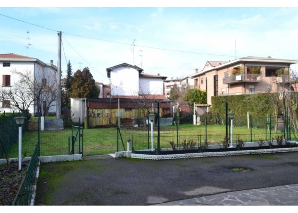 Vendita Villa a Parma Via Giuba Q.re Paullo di 155 mq