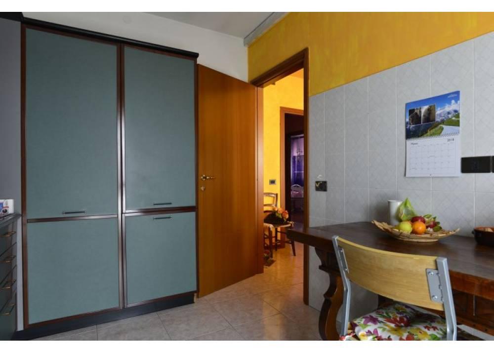 Vendita Appartamento a Parma Via Luigi Vigotti PratiBocchi di 90 mq