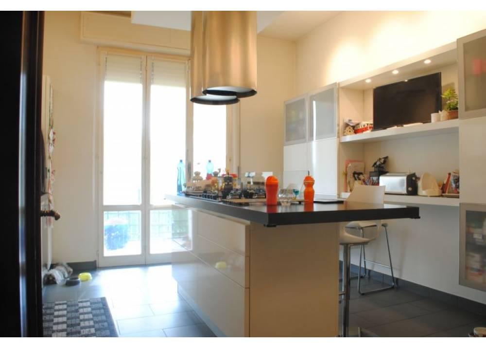 Vendita Appartamento a Parma  Strada Martinella/Alberi di 140 mq