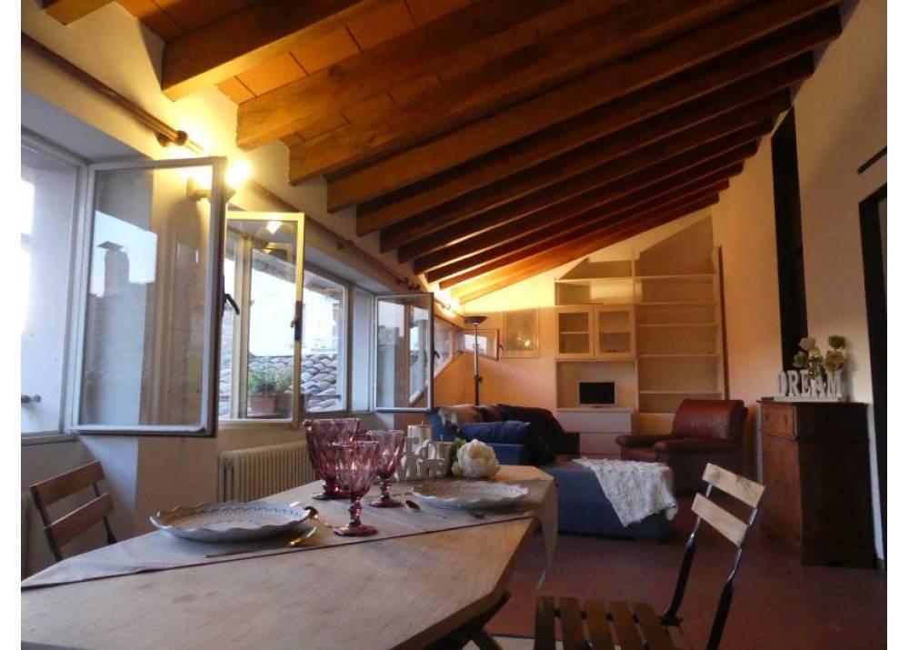Vendita Appartamento a Parma trilocale Centro Storico di 100 mq