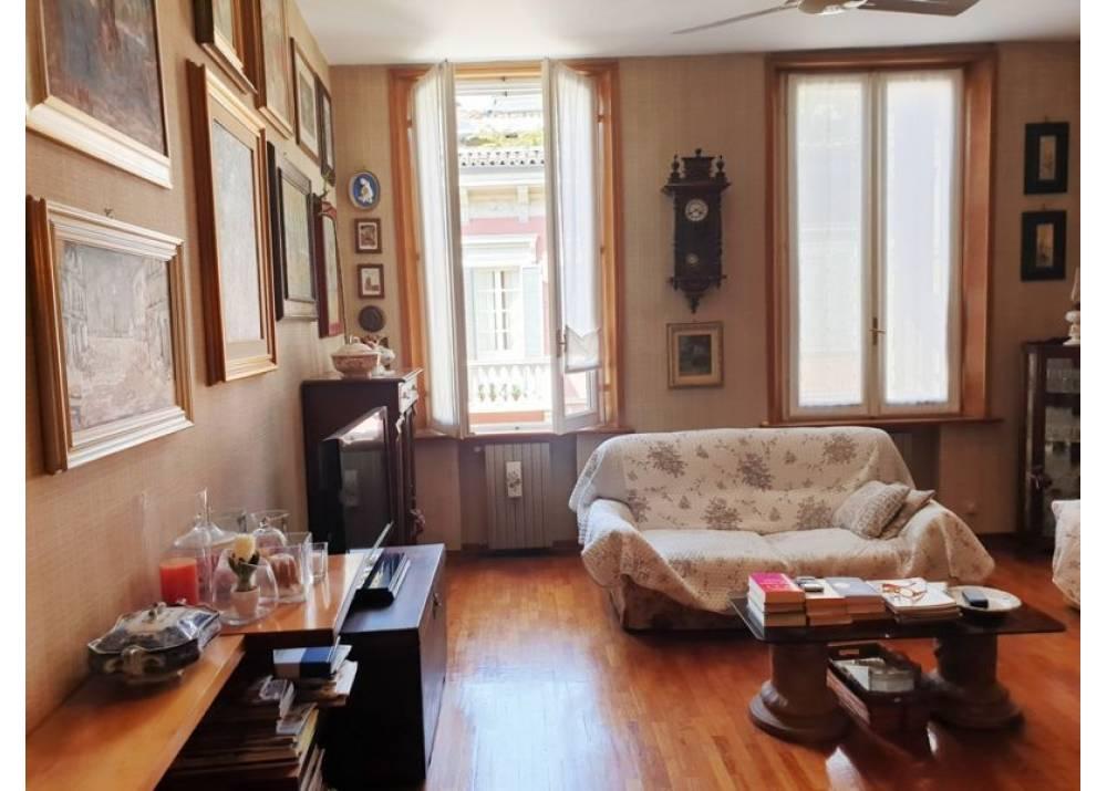 Vendita Appartamento a Parma quadrilocale Parma centro di 125 mq