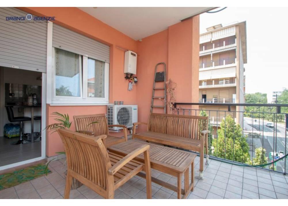 Vendita Appartamento a Parma trilocale Q.re Montebello di 90 mq