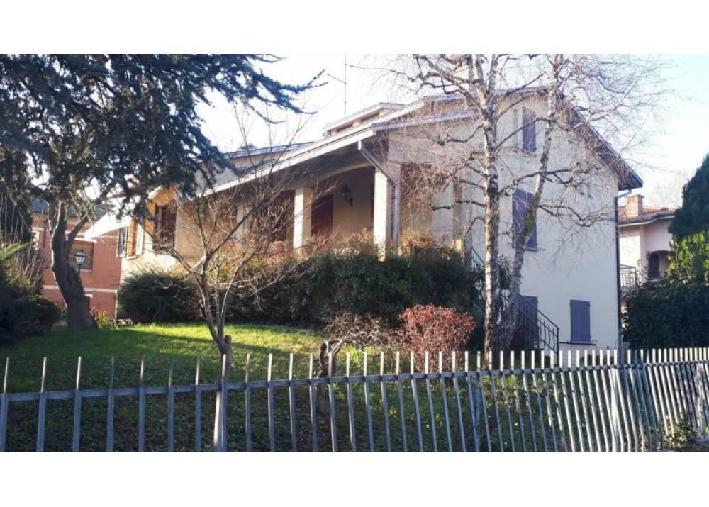 Vendita Villa a Gattatico quadrilocale  di 210 mq