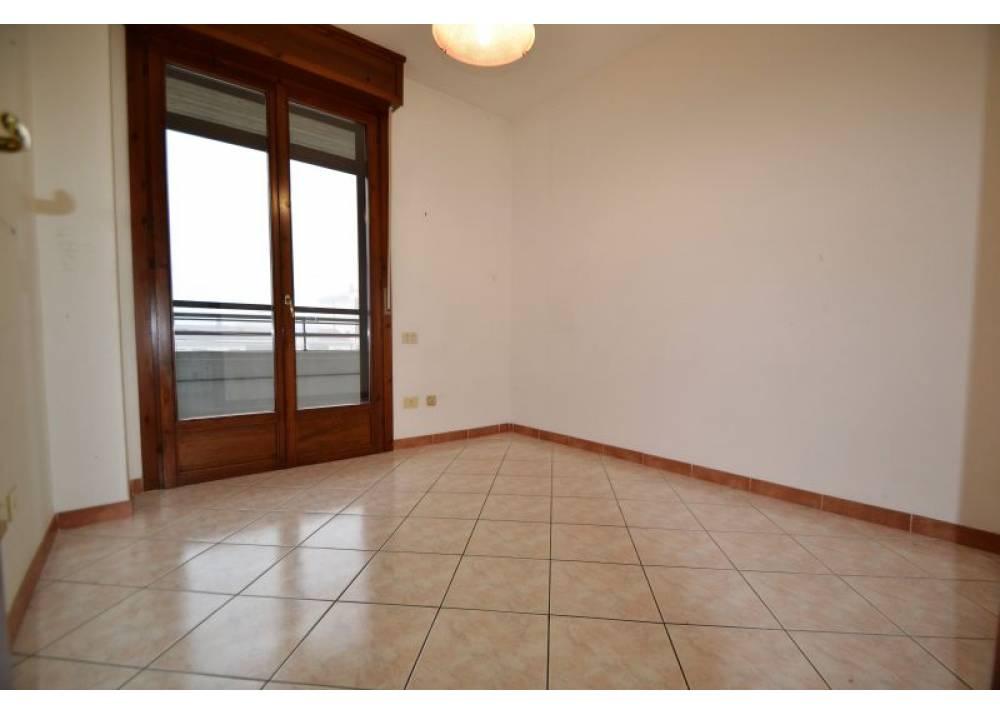 Vendita Appartamento a Parma trilocale Centro Torri di 70 mq