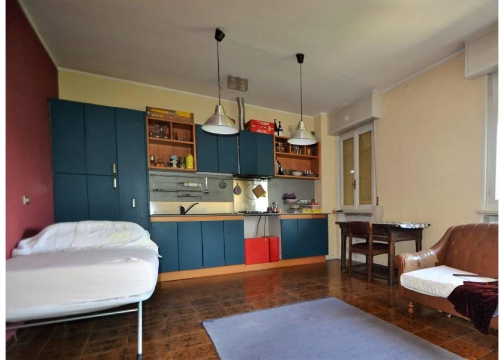 Vendita Villa a Parma  Paradigna/San Leonardo di 270 mq