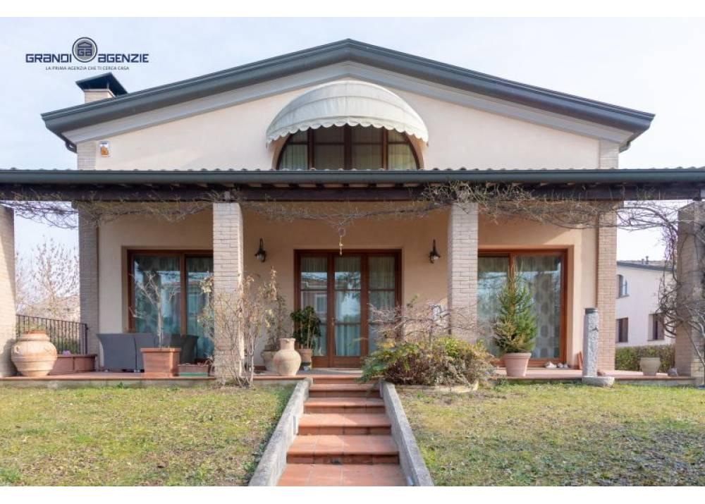 Vendita Villa a Parma  Vigheffio di 400 mq