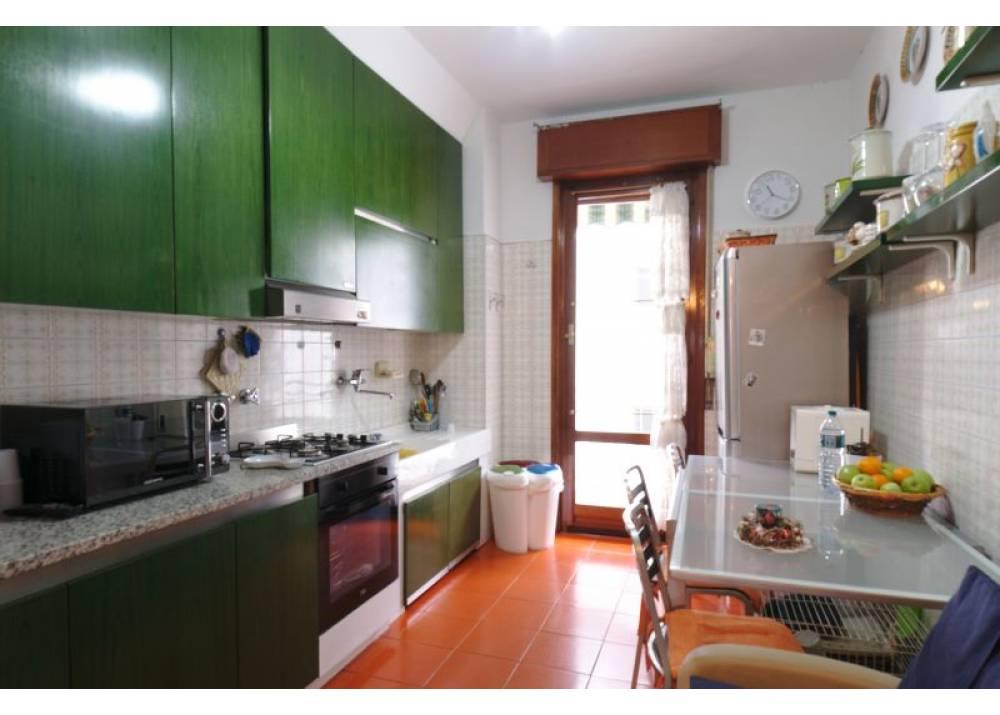 Vendita Appartamento a Parma quadrilocale Centro - Stazione di 163 mq