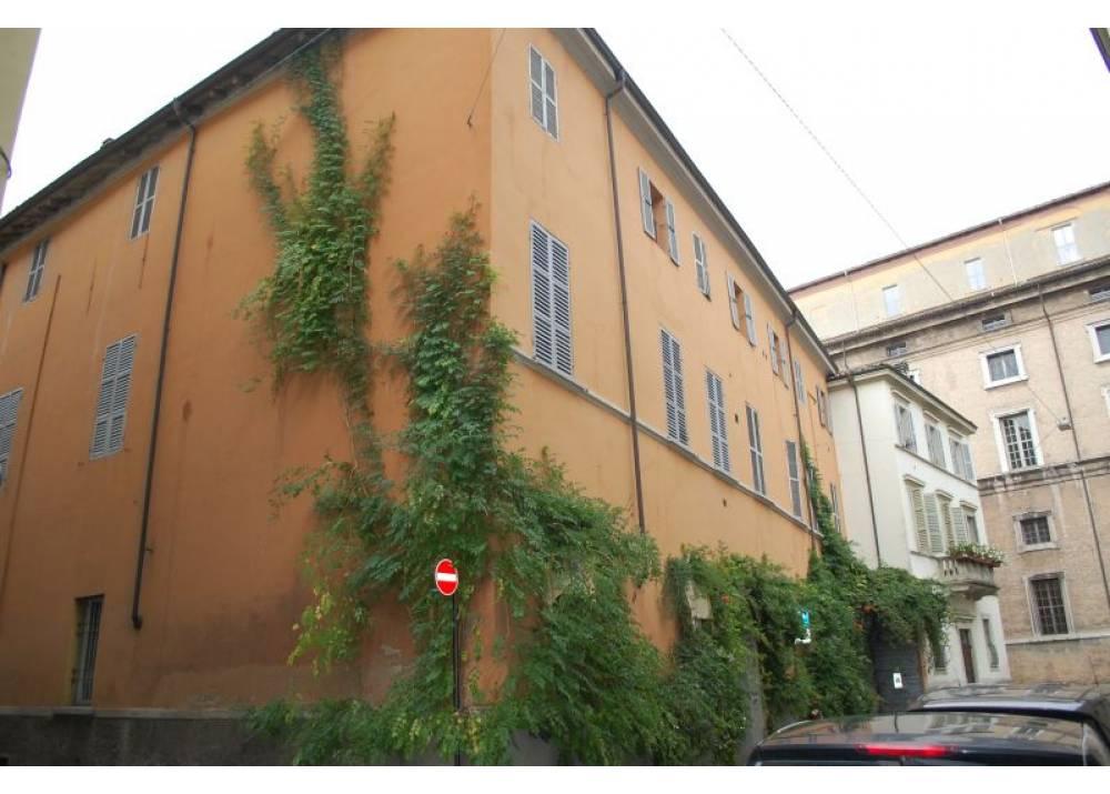 Vendita Appartamento a Parma trilocale centro storico di 81 mq