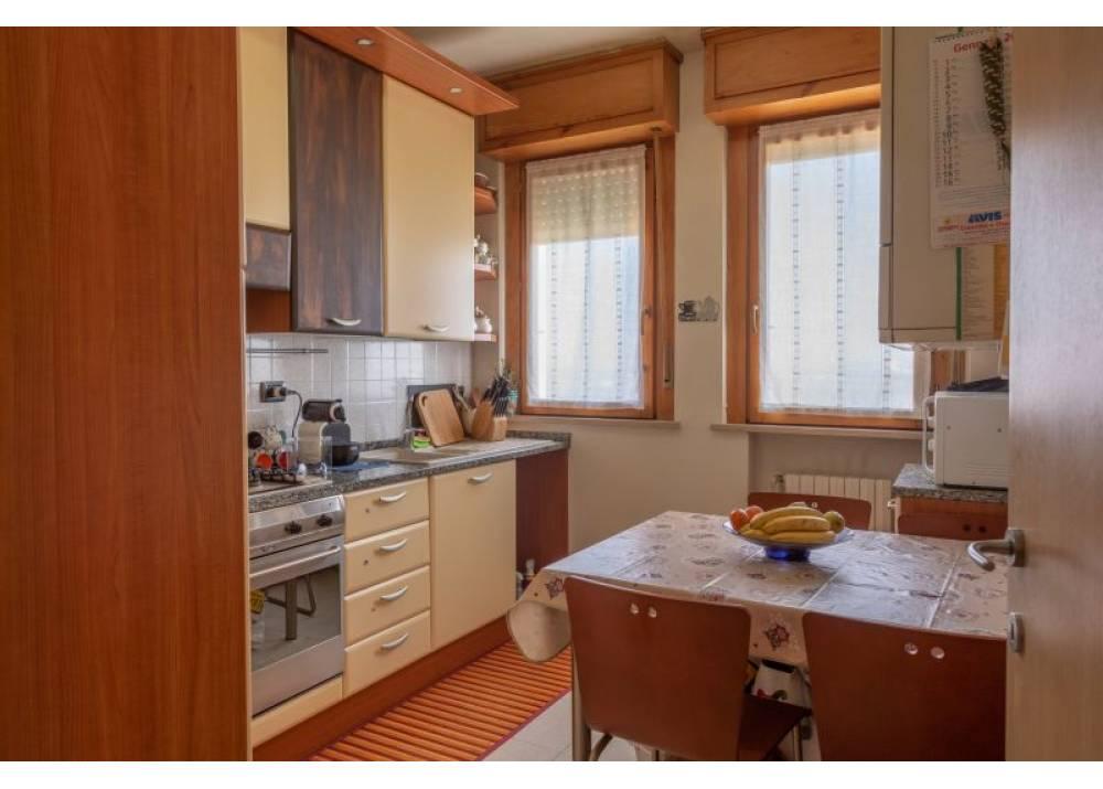 Vendita Appartamento a Parma trilocale Centro Torri di 84 mq