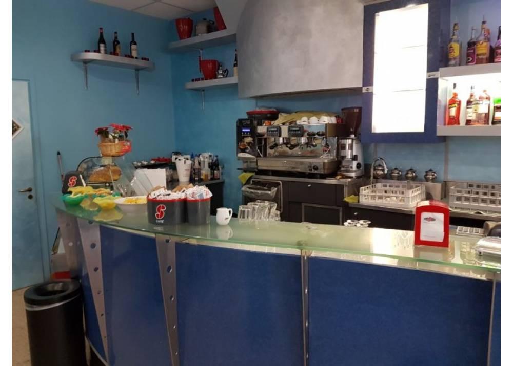 Vendita Locale Commerciale a Parma monolocale Crocetta di 135 mq