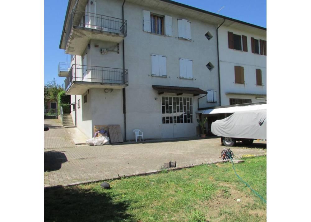 Vendita Villetta a schiera a Traversetolo   di 300 mq