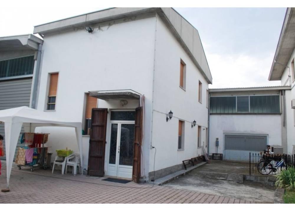 Vendita Casa Indipendente a Noceto trilocale  di 154 mq
