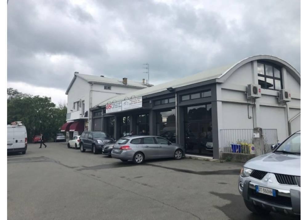 Affitto Locale Commerciale a Parma monolocale Botteghino di 140 mq