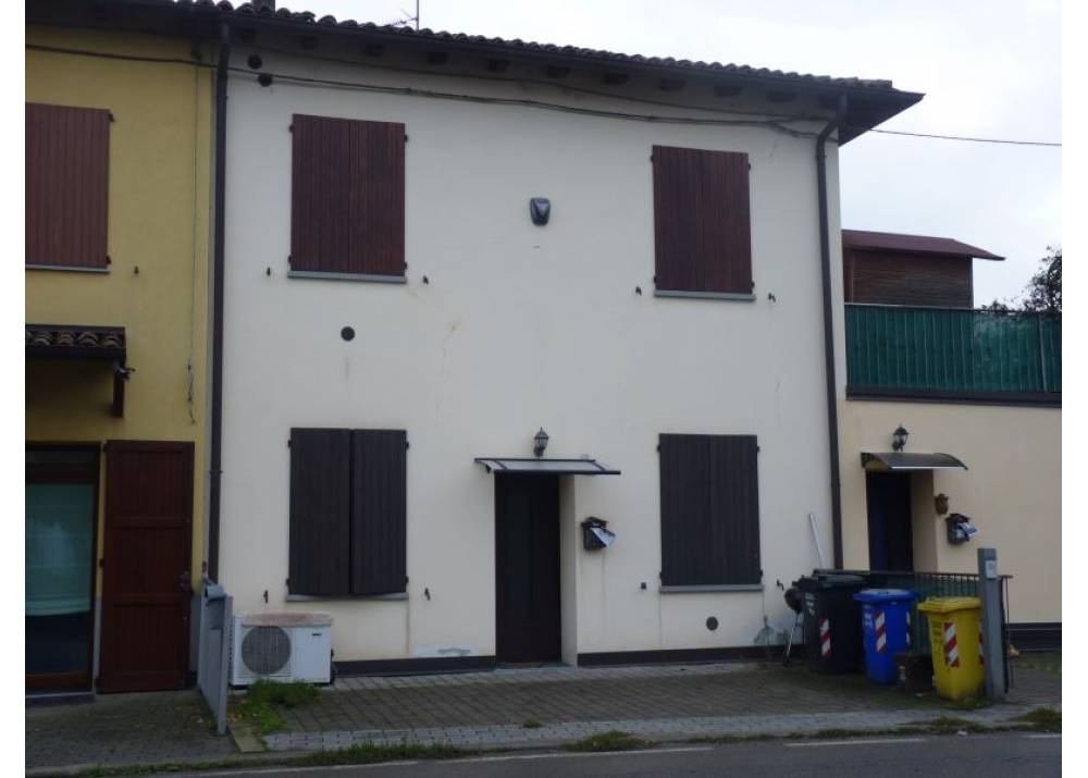 Vendita Trilocale a Lesignano De` bagni   di 70 mq