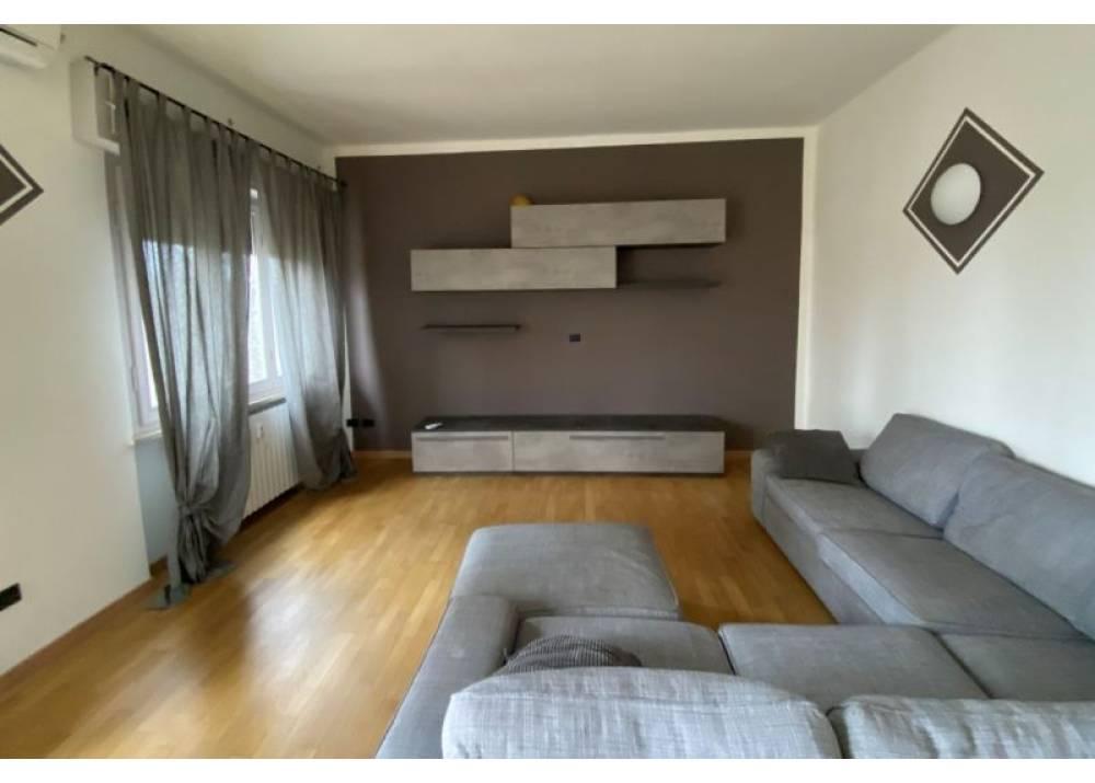 Affitto Appartamento a Parma trilocale Cittadella di 126 mq