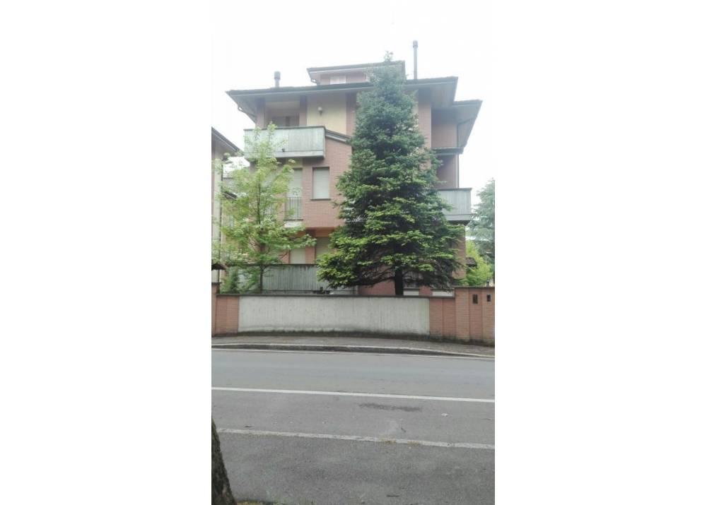 Vendita Villa a Parma  Q.re San Lazzaro di 350 mq