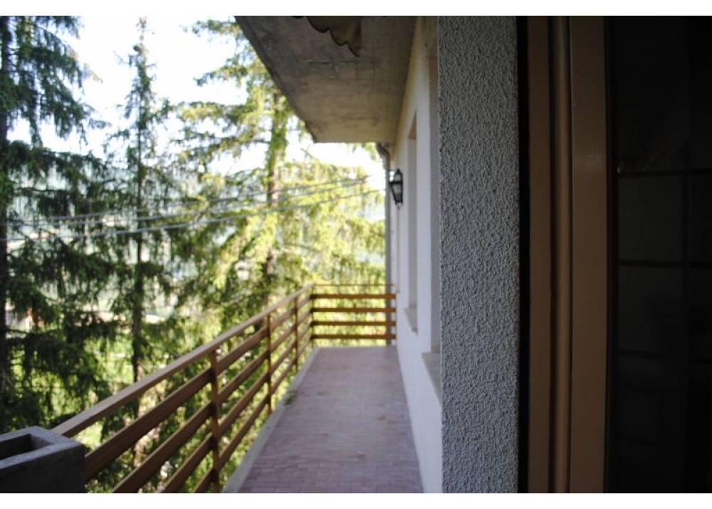 Vendita Appartamento a Corniglio trilocale  di 100 mq