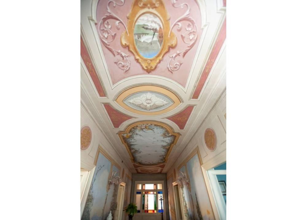 Vendita Villa a Parma  Strada Argini di 400 mq