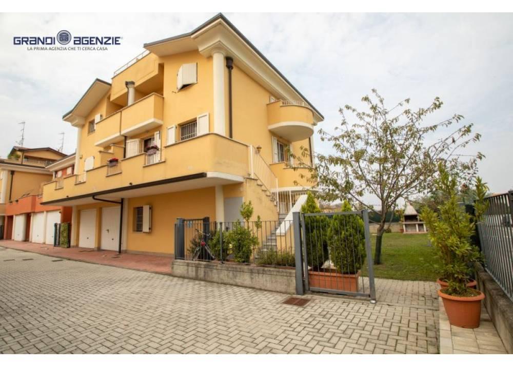 Vendita Appartamento a Parma   di 240 mq