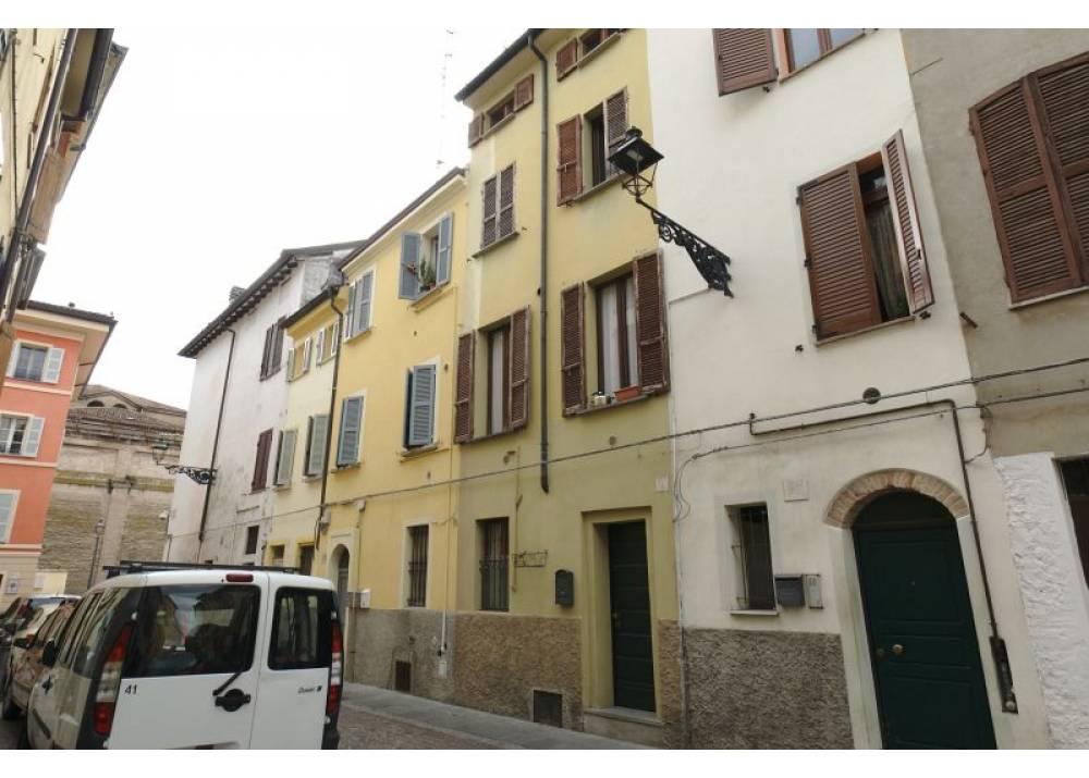 Vendita  a Parma trilocale centro storico di 85 mq
